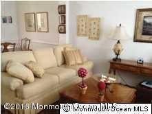 Additional photo for property listing at 16 Coral Place  朗布兰奇, 新泽西州 07740 美国