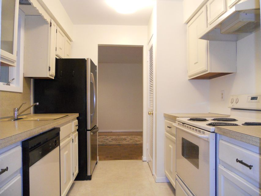 Additional photo for property listing at 173 Middle Holly Lane  Little Egg Harbor, 新泽西州 08087 美国
