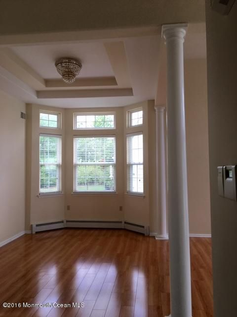 Additional photo for property listing at 19 Five Bridges Court  Barnegat, Nueva Jersey 08005 Estados Unidos