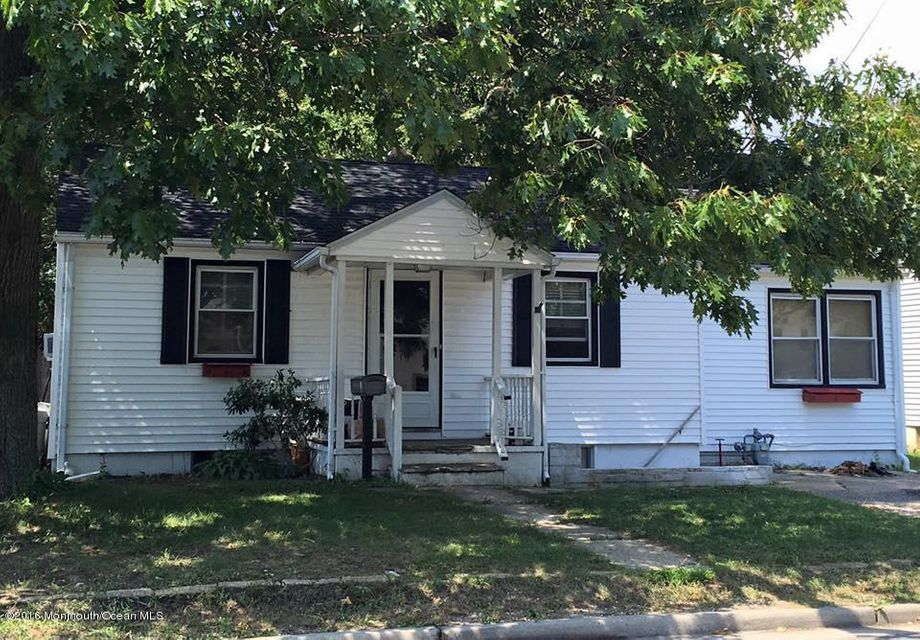 Mother daughter homes for sale ocean county nj for Mother daughter house for rent