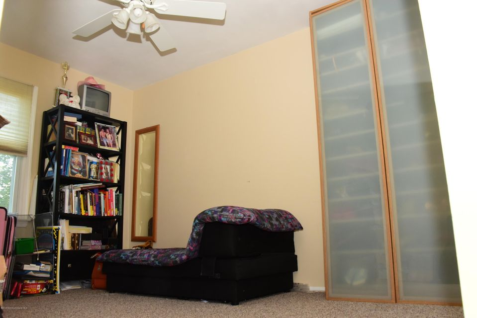 Additional photo for property listing at 1 Long Road  Freehold, New Jersey 07728 United States