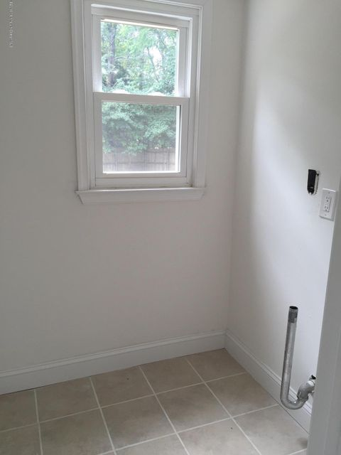 Additional photo for property listing at 4 Keats Drive  Bayville, New Jersey 08721 United States