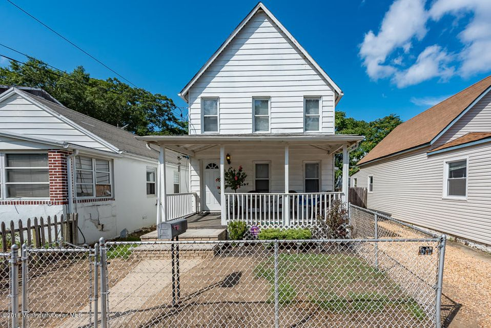 Single Family Home for Sale at 137 Seeley Avenue Keansburg, New Jersey 07734 United States