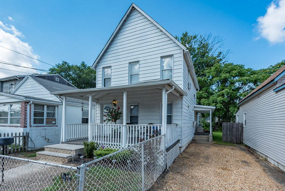 Additional photo for property listing at 137 Seeley Avenue  Keansburg, New Jersey 07734 United States