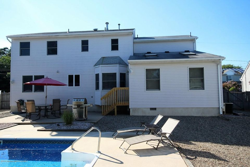 Additional photo for property listing at 1437 Spray Avenue  Beachwood, New Jersey 08722 United States