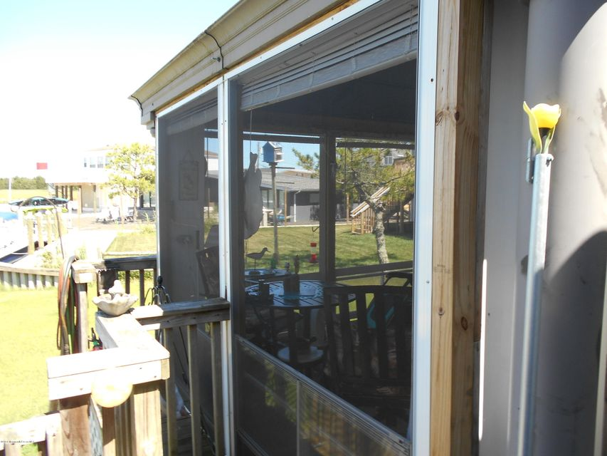 Additional photo for property listing at 21 Daddy Tucker Drive  Little Egg Harbor, Nueva Jersey 08087 Estados Unidos