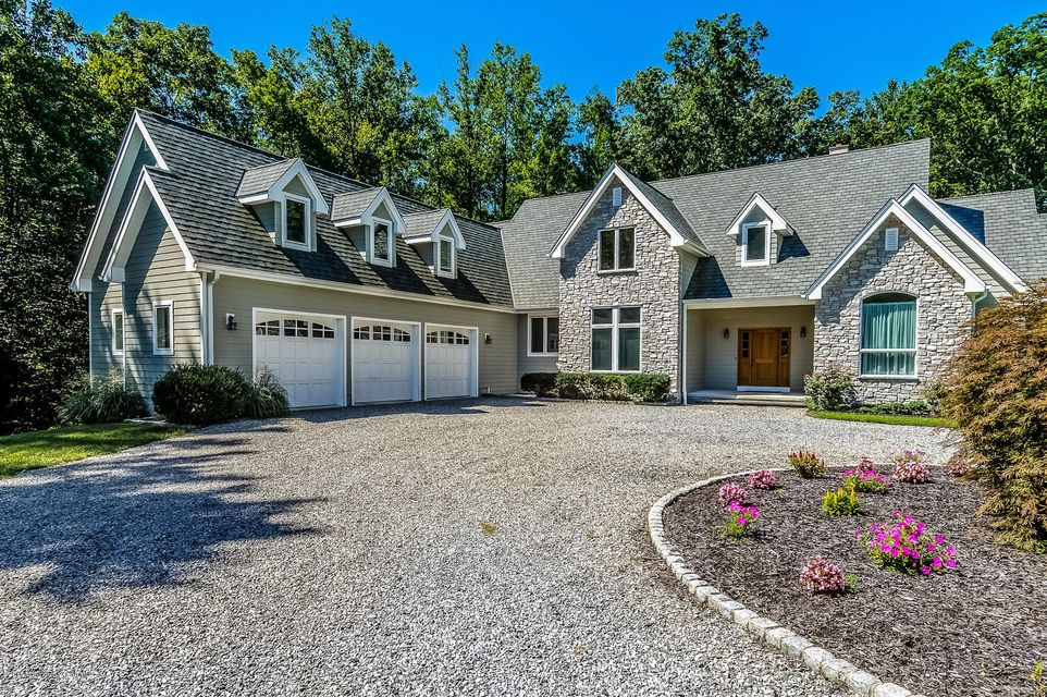Single Family Home for Sale at 112 Holmes Mill Road Cream Ridge, New Jersey 08514 United States