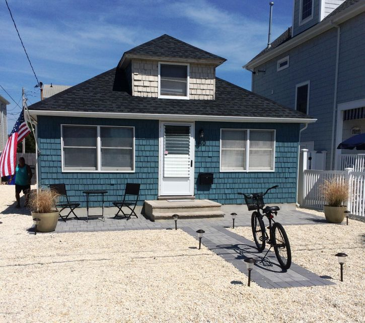 Additional photo for property listing at 110 2nd Avenue  Ortley Beach, New Jersey 08751 États-Unis