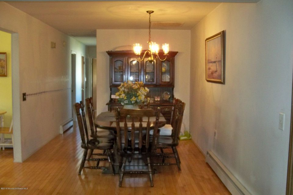 Additional photo for property listing at 135 Torrey Pines Drive  Toms River, New Jersey 08757 United States