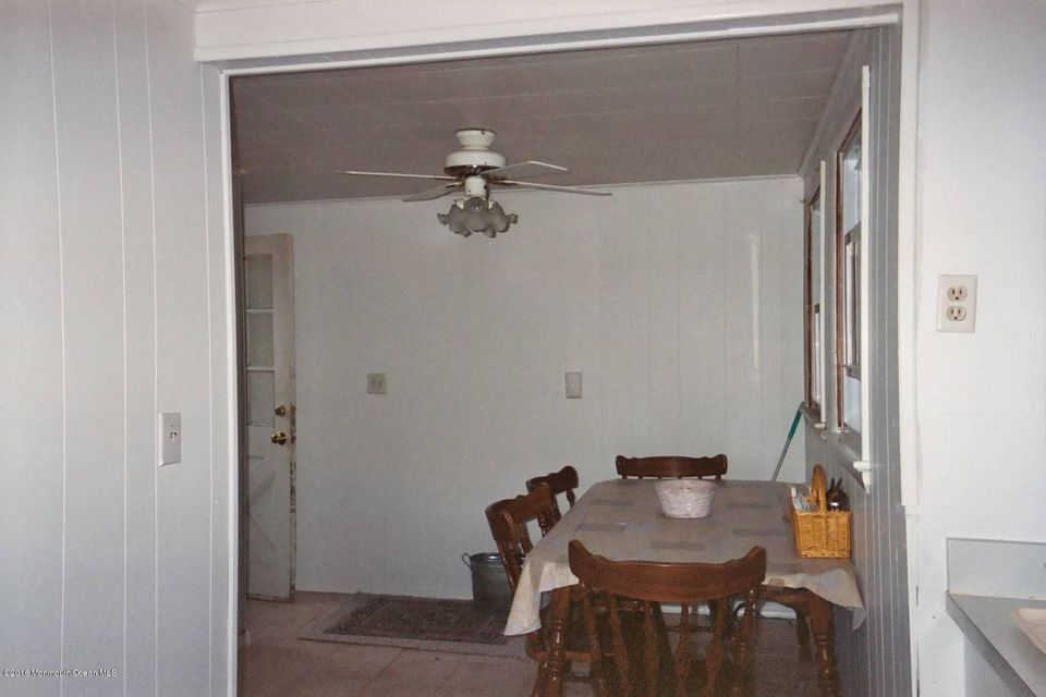 Additional photo for property listing at 502 14th Avenue  Belmar, New Jersey 07719 États-Unis