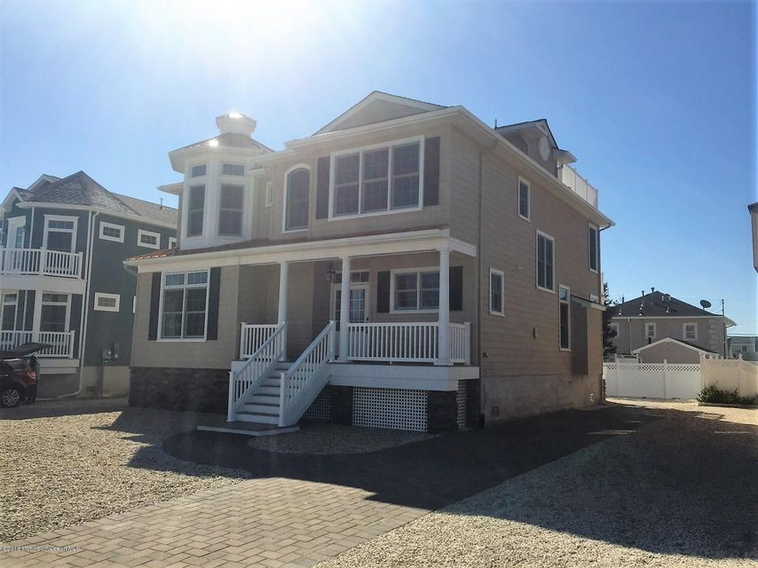 Single Family Home for Sale at 14 Princeton Avenue Lavallette, 08735 United States