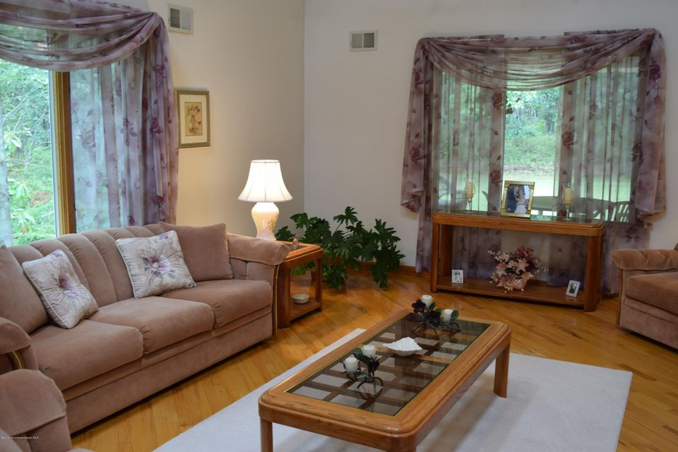 Additional photo for property listing at 274 Easy Street  Howell, New Jersey 07731 United States