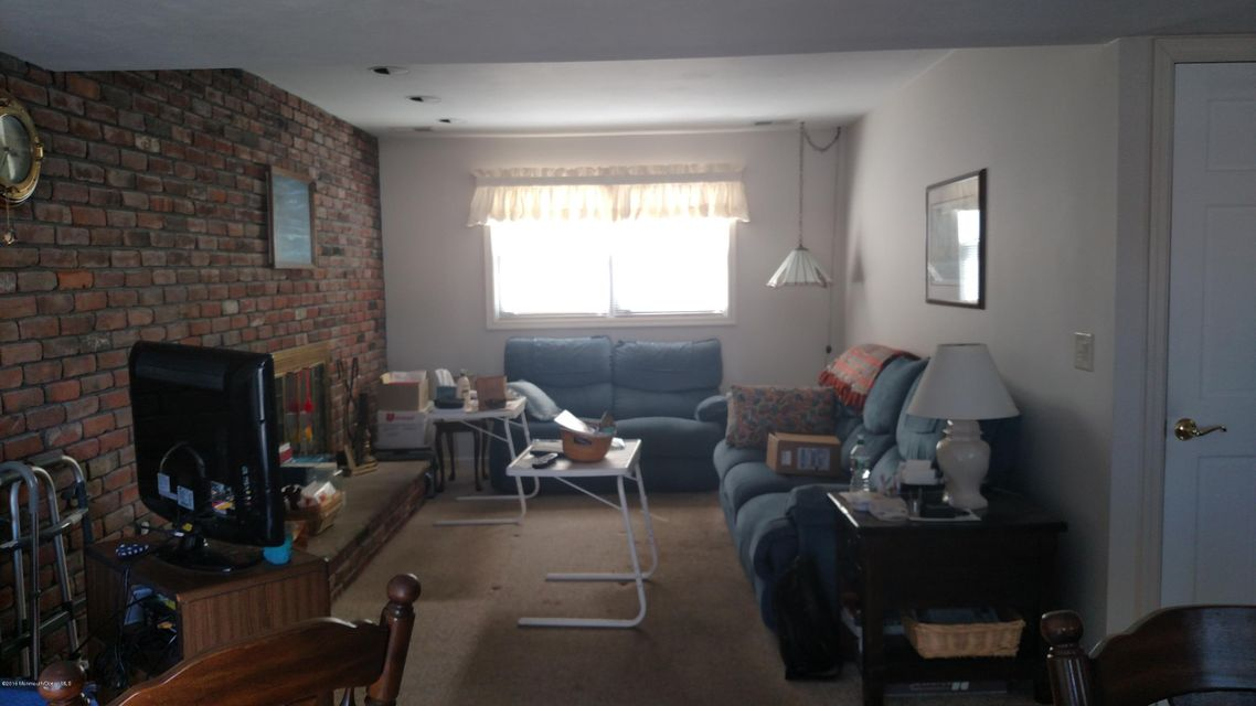 Additional photo for property listing at 15 Acapulco Drive  Brick, New Jersey 08723 États-Unis