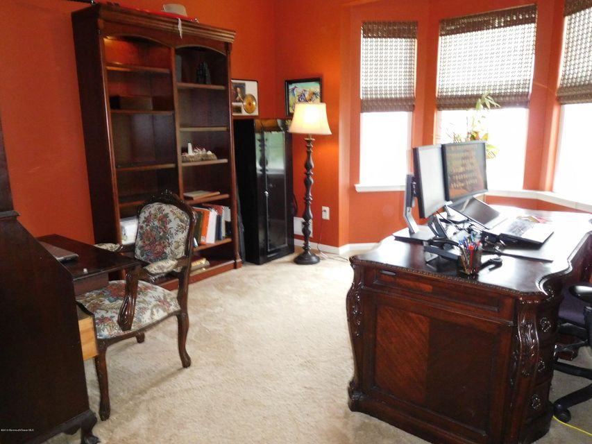 Additional photo for property listing at 744 Maidenstone Drive  布里克, 新泽西州 08724 美国