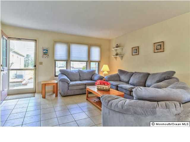 Additional photo for property listing at 1000 Grand Central Avenue  Lavallette, 新泽西州 08735 美国