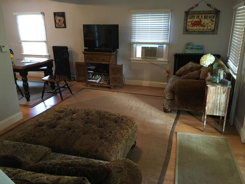 Additional photo for property listing at 313 14th Avenue  Belmar, New Jersey 07719 États-Unis