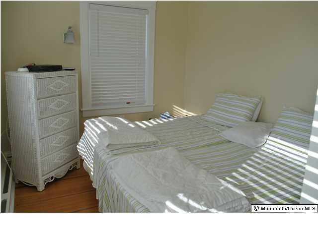 Additional photo for property listing at 322 Mccabe Avenue  Bradley Beach, Nueva Jersey 07720 Estados Unidos