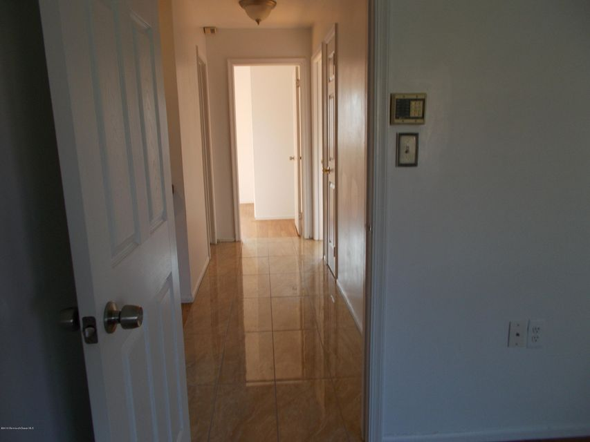 Additional photo for property listing at Address Not Available  万宝路, 新泽西州 07746 美国