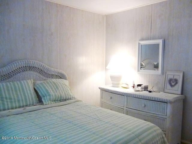Additional photo for property listing at 32 1st Avenue  Seaside Park, 新泽西州 08752 美国