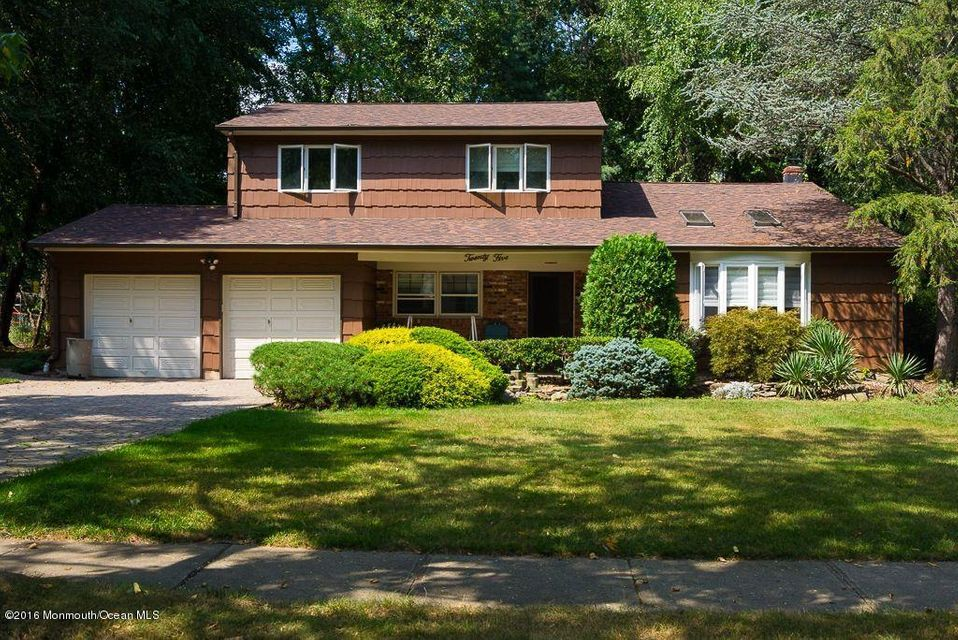 Single Family Home for Sale at 25 Thomas Road East Brunswick, New Jersey 08816 United States