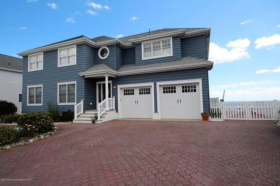 Single Family Home for Sale at 8 Shore Drive Waretown, New Jersey 08758 United States