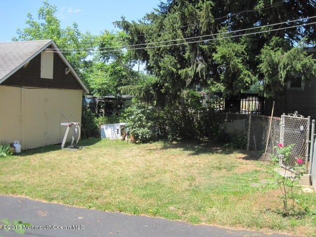 Additional photo for property listing at 26 Mcdermott Street  Freehold, New Jersey 07728 United States