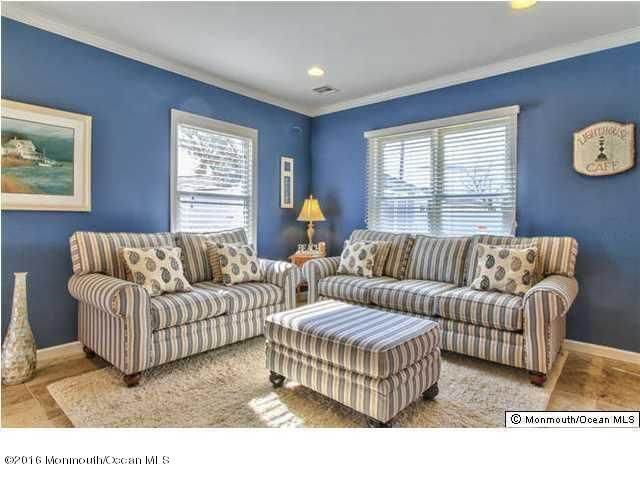 Additional photo for property listing at 121 3rd Avenue  Ortley Beach, New Jersey 08751 États-Unis