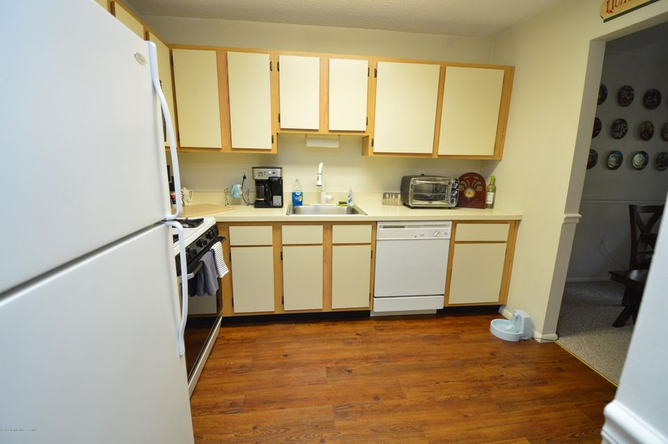 Additional photo for property listing at 408 Owls Nest Court  Jackson, New Jersey 08527 États-Unis