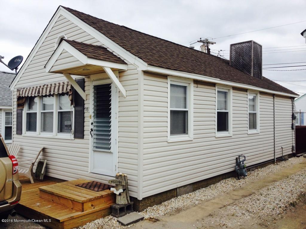 独户住宅 为 销售 在 16 9th Lane South Seaside Park, 新泽西州 08752 美国