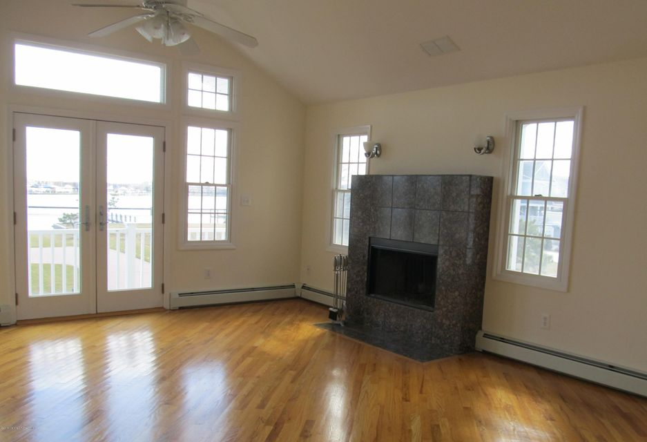 Additional photo for property listing at 60 Waterman Avenue  Rumson, New Jersey 07760 United States