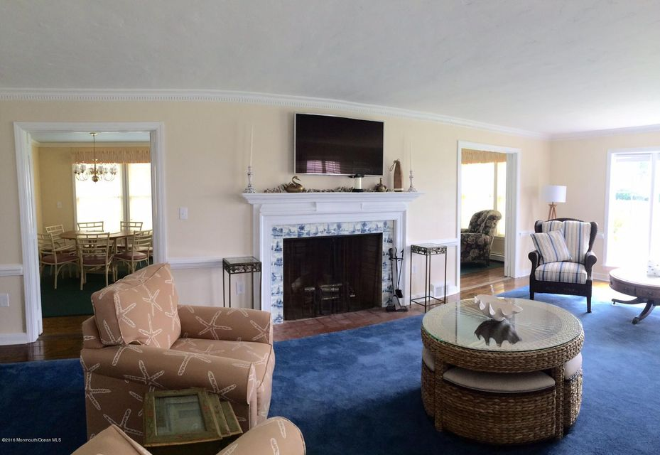 Additional photo for property listing at 9 Sea Girt Avenue  Sea Girt, New Jersey 08750 États-Unis
