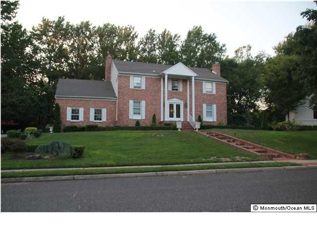 Casa Unifamiliar por un Venta en 12 Shadow Lawn Drive Oakhurst, Nueva Jersey 07755 Estados Unidos