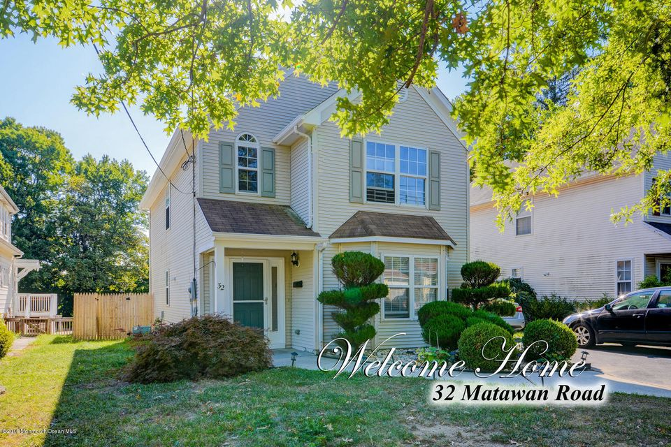 Single Family Home for Sale at 32 Matawan Road Laurence Harbor, New Jersey 08879 United States
