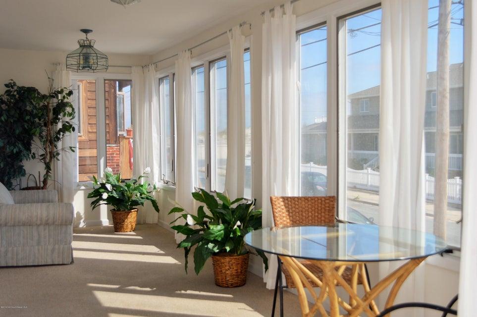 Additional photo for property listing at 14 Brighton Avenue  Seaside Park, Nueva Jersey 08752 Estados Unidos