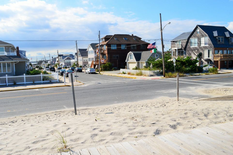 Additional photo for property listing at 14 Brighton Avenue  Seaside Park, Nueva Jersey 08752 Estados Unidos