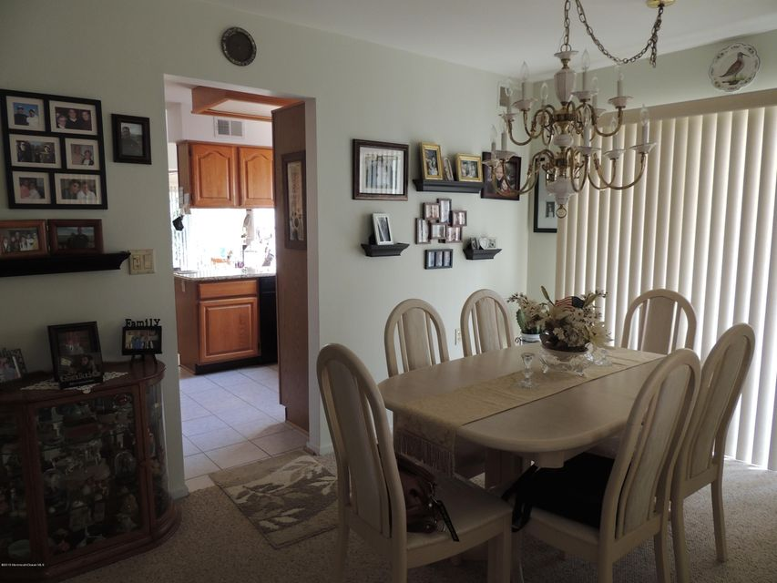 Additional photo for property listing at 2408 Coral Leaf Road  Toms River, Nueva Jersey 08755 Estados Unidos