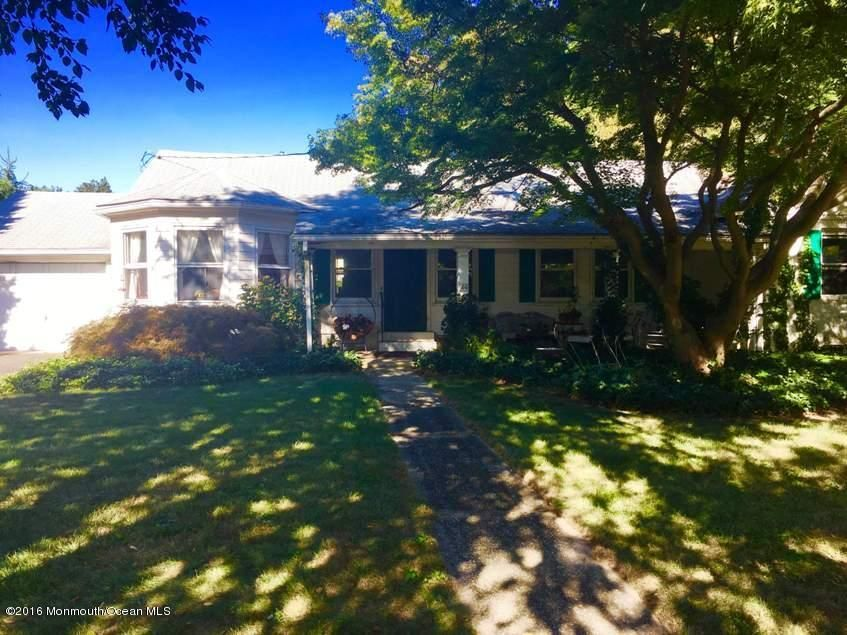 Additional photo for property listing at 608 Locust Road  Brielle, New Jersey 08730 États-Unis