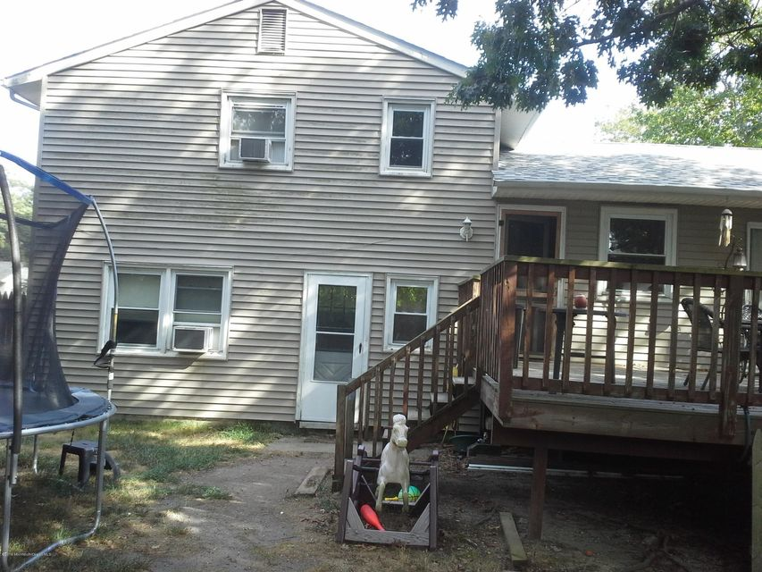Single Family Home for Sale at 326 Twin Lakes Boulevard Little Egg Harbor, New Jersey 08087 United States
