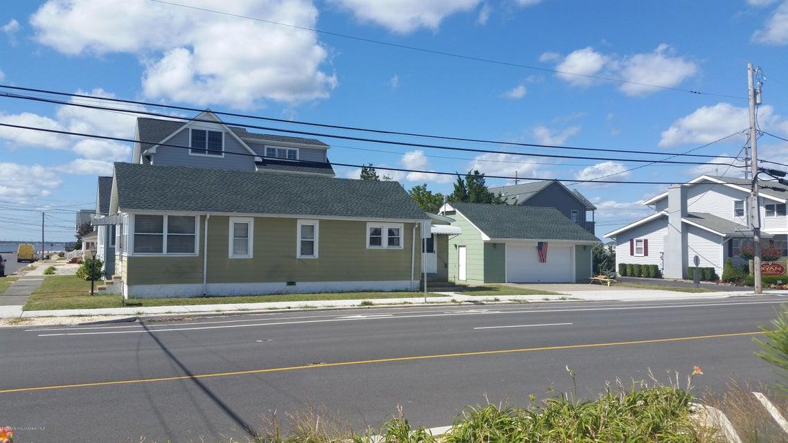 Casa Unifamiliar por un Venta en 102 H Street Seaside Park, Nueva Jersey 08752 Estados Unidos