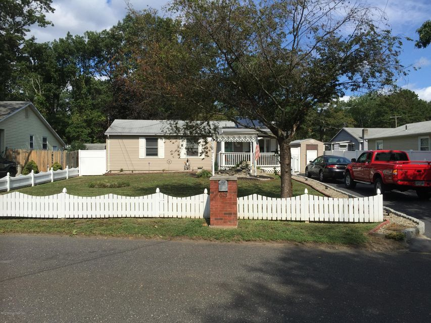 Additional photo for property listing at 63 5th Street  Howell, Nueva Jersey 07731 Estados Unidos