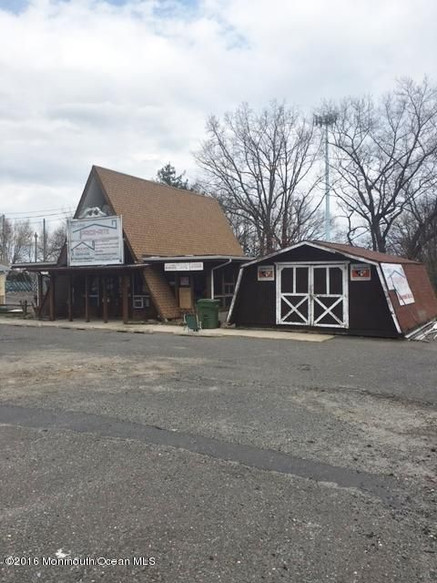 Additional photo for property listing at 2060 State Route 35  South Amboy, 新泽西州 08879 美国