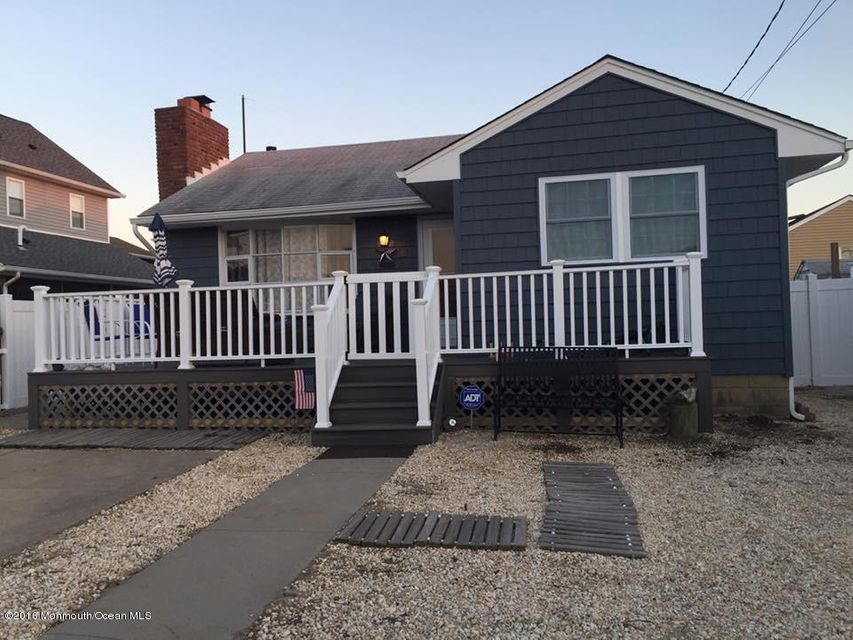 Single Family Home for Rent at 113 Surf Drive Seaside Park, New Jersey 08752 United States