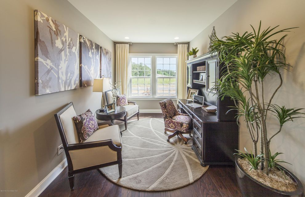 Additional photo for property listing at 6 Kenilworth Lane  Manchester, New Jersey 08759 États-Unis