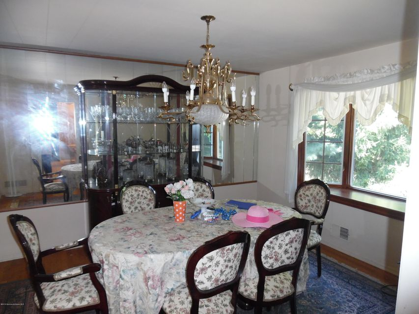 Additional photo for property listing at 54 Tracy Drive  Manalapan, New Jersey 07726 États-Unis