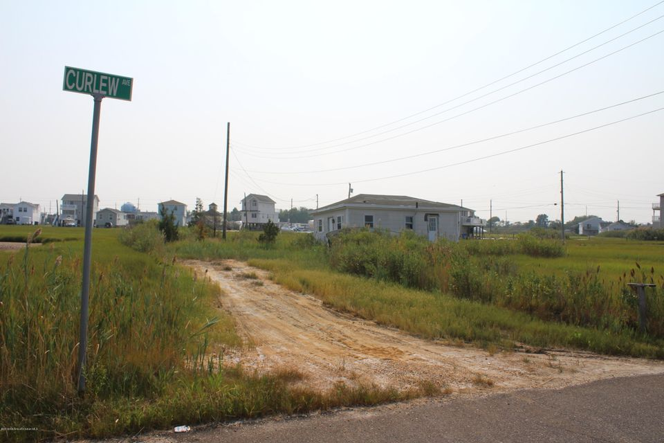Additional photo for property listing at 1209 Curlew Road 1209 Curlew Road Manahawkin, 新泽西州 08050 美国