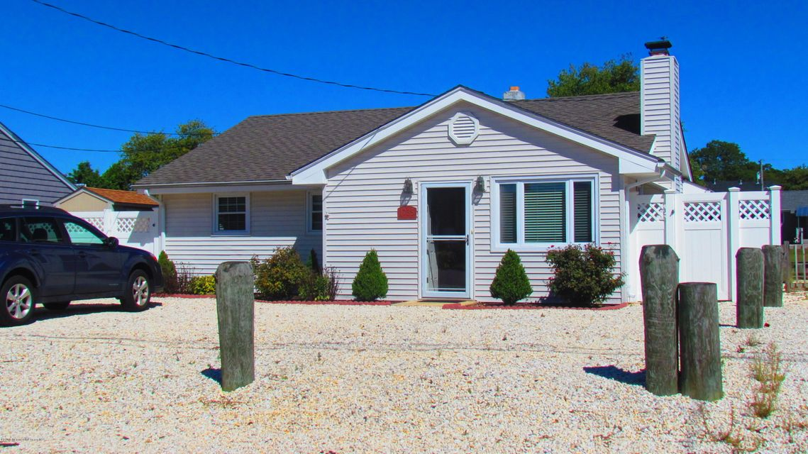 Maison unifamiliale pour l Vente à 1735 Certainty Drive Point Pleasant, New Jersey 08742 États-Unis