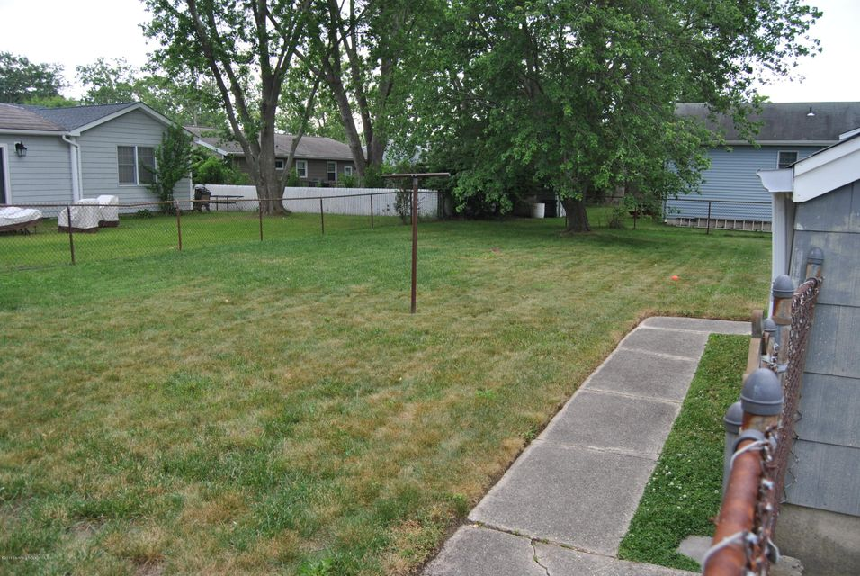 Additional photo for property listing at 3222 Mattapan Avenue  Point Pleasant, New Jersey 08742 États-Unis