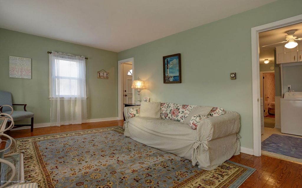 Additional photo for property listing at 209 Atlantic Avenue  Beach Haven, New Jersey 08008 United States