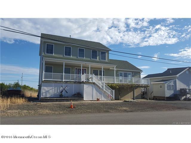 独户住宅 为 销售 在 25a Carroll Avenue Tuckerton, 08087 美国