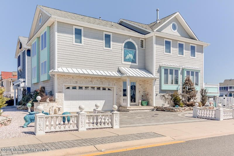 Casa Unifamiliar por un Venta en 122 Riverside Place Point Pleasant Beach, Nueva Jersey 08742 Estados Unidos